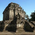 06-yogyakarta-mendut-temple