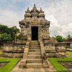 07-yogyakarta-pawon-temple