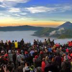 05-view-of-bromo-from-penanjakan-hill-mount-bromo-sunrise-trekking
