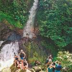 09-bali-international-rafting-waterfall