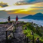 03-mount-batur-trekking-sunrise-time-and-monkey